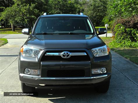 toyota sport utility vehicles 2011 toyota 4runner sr5 sport utility 4 door 4 0l
