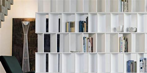 librerie divisorie bifacciali librerie bifacciali per separare ambienti cose di casa