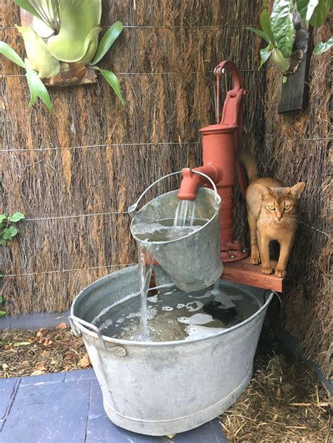 water fountain   school water pump bucket  wash