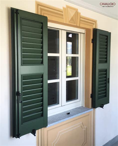persiane finestre persiane in legno e in alluminio