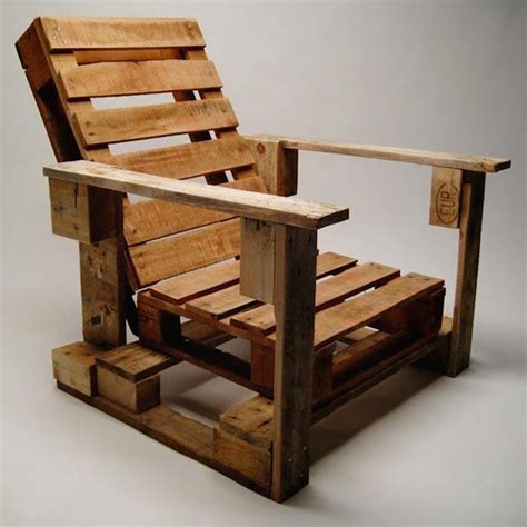 Pallet Armchair by Upcycled Wood Pallet Furniture Ideas Homeli