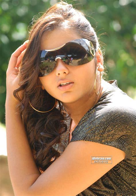 biography meaning tamil namitha photo gallery telugu cinema actress