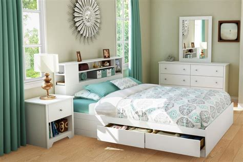 chambre brimnes lit avec rangement petit espace chevet suspendu t 234 te de
