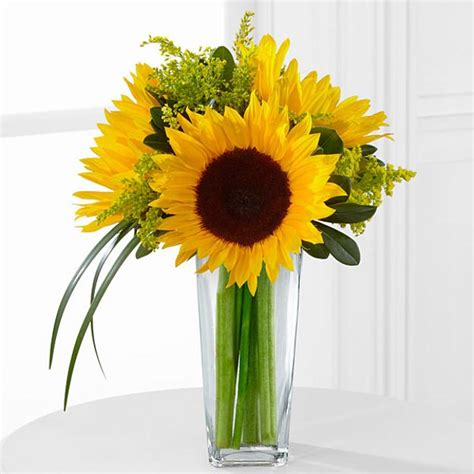 Natural Christmas Table Centerpieces - 25 creative floral designs with sunflowers sunny summer table decoration ideas