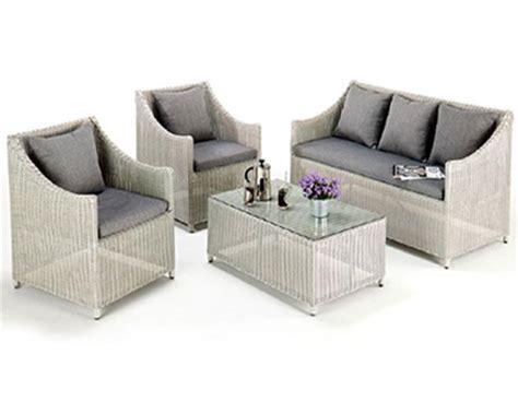 Sofa Minimalis Rotan Sintetis jual sofa minimalis rotan sintetis