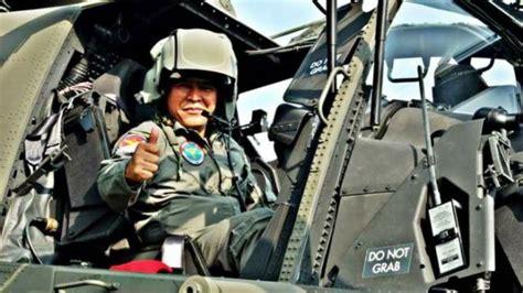 Helm Tni Ad helikopter apache tni dilengkapi helm canggih buatan