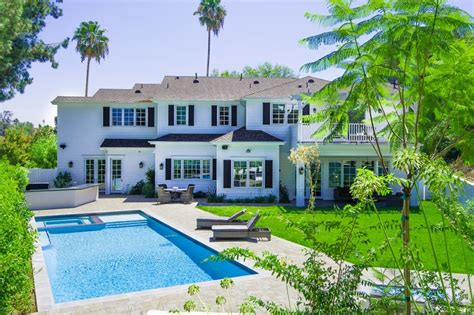 Zillow Home Design Style Quiz by Marc Anthony Lists Second California Mansion