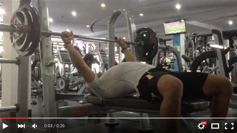 how to build up your bench press build your bench tip marcus duharty online training