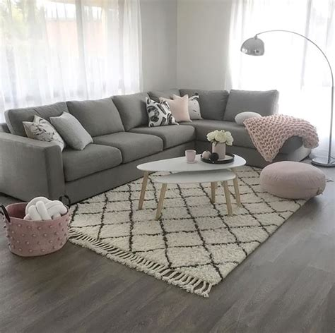 living room carpet decorating ideas best 25 pink living rooms ideas on pink live pink living room furniture and blush