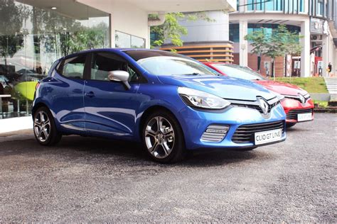 renault malta new renault showroon opens in seremban drive safe and fast