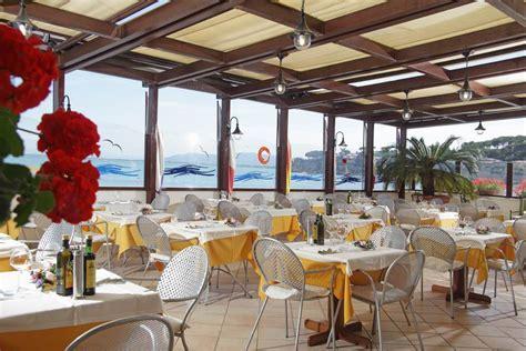 hotel a porto s stefano alberghi baia d argento a porto santo stefano