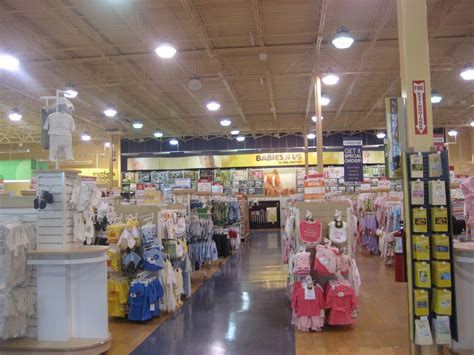 babies r us baby registry big chain stores vs small boutique and