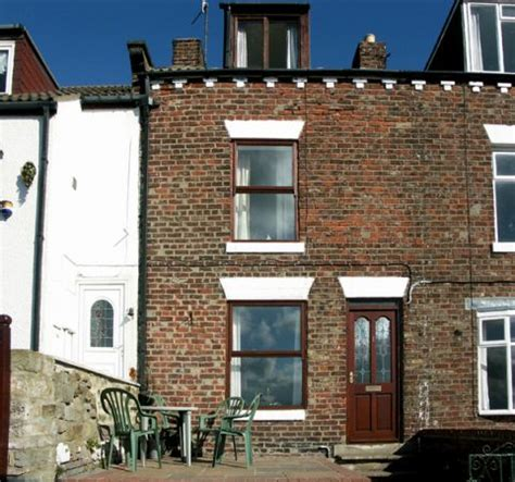 harbour view cottage whitby york moors and coast