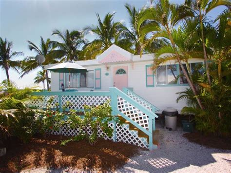 Gulf Cottages Sanibel Fl by 11 Of Florida S Most Charming Beachfront Cottages
