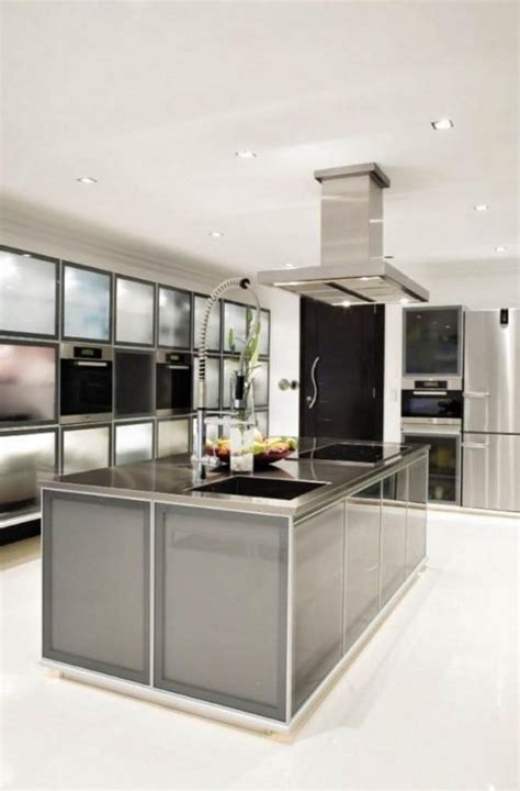 Sa Kitchen Designs 10 Charmantes Cuisines Avec Des Placards Vitr 233 S Bricobistro