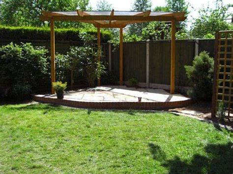 Garden Pergola Design Ideas Landscaping And Outdoor Building Unique Triangular Pergola Corner Triangular Pergola With