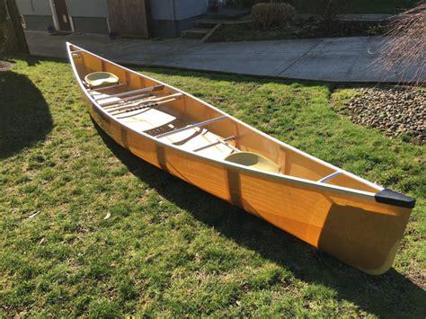 canoes wenonah wenonah chlain paddle people