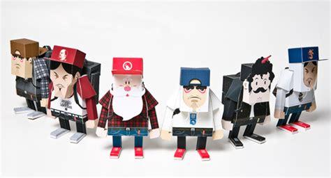 How To Make Paper Figures - brownbreath momot paper toys