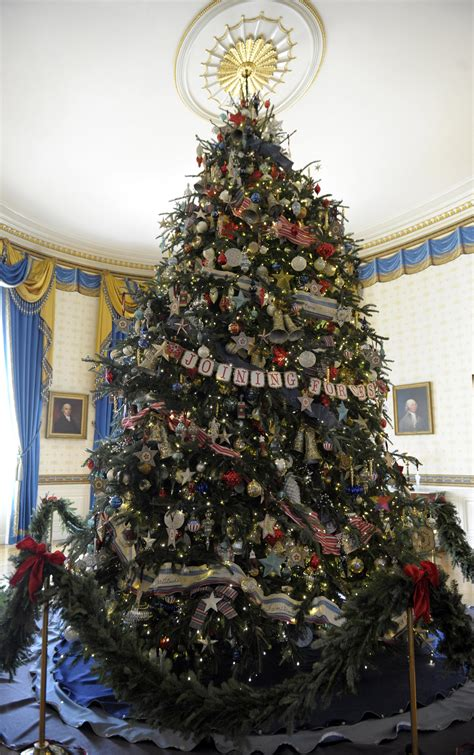 white house holiday spirit a joy to all kuow news and