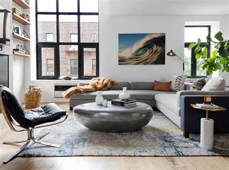 living room soho design firm d 233 cor aid helps a soho couple turn an outdated