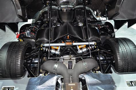koenigsegg one 1 engine koenigsegg one 1 supercars
