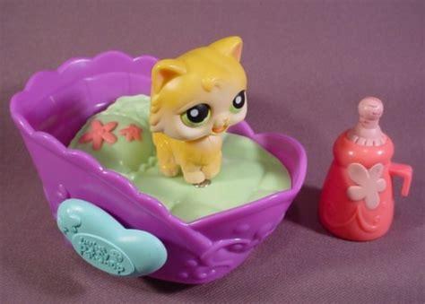 lps beds littlest pet shop kitten with bed bottle kitten licks