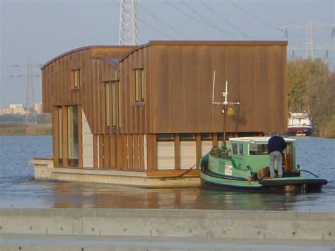 woonboot eindhoven verslepen woonboot beelen cs architecten