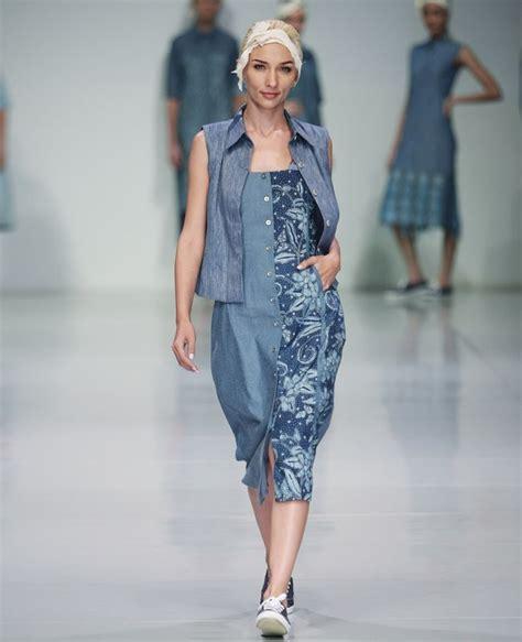Jump Denim Pop Baju Wanita the spotlight 50 inspirasi batik modern