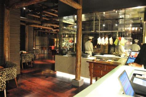 the china kitchen at the hyatt new delhi india the