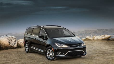 country dodge 2017 chrysler pacifica minivan review and test drive with
