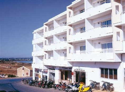 prezzi appartamenti formentera hotel apartamentos paya formentera es pujols prezzi