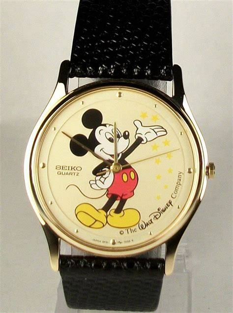 brand new disney seiko mens mickey mouse out of