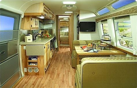 Rv With Modern Interior by Modern Rv Interior Needs A Work Small Spaces