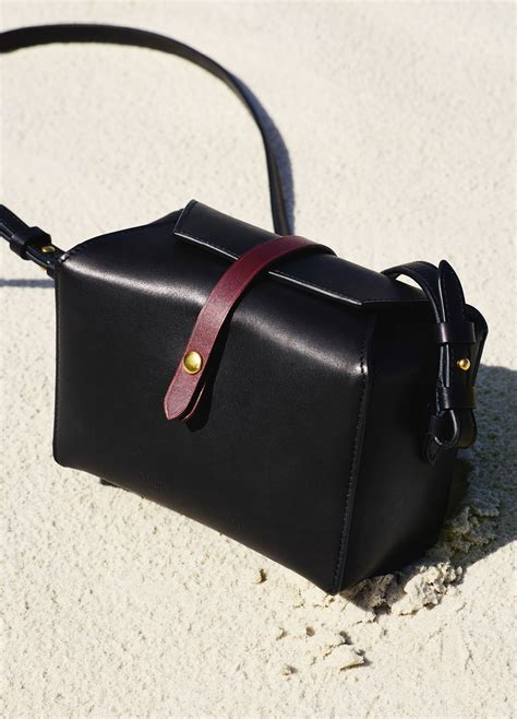 December Bag Navy box on in and shiny calfskin december collection 2015 c 201 line accesorios