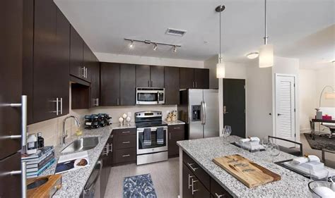 luxury studio   bedroom apartments  atlanta ga berkshire terminus