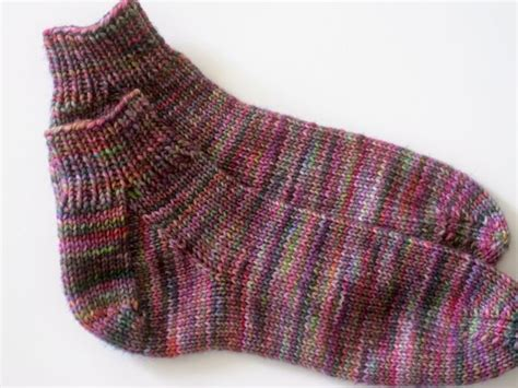 pattern for easy peasy socks house socks easy peasy socks for first timers by stacey