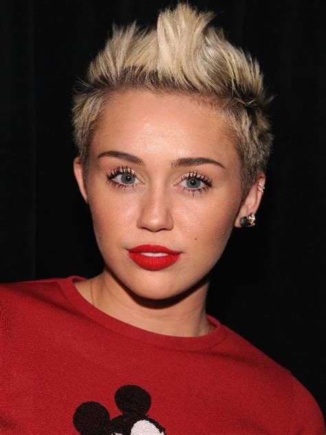 miley cyrus line in the bathroom miley cyrus may not sing about mdma but she sings about cocaine