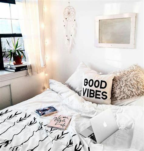 bedroom decor ideas pinterest 537 best images about bedroom fairy light ideas on