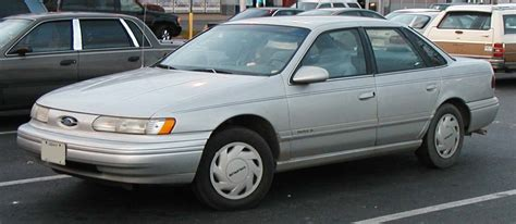 1991 Ford Taurus by 1991 Ford Taurus Image 1