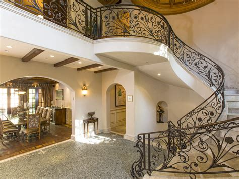 Cherry Dining Room Set Extravagant Italian Villa In Beverly Hills California