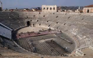 Window Box Seats - verona arena arena di verona