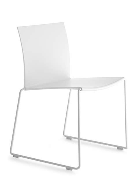 poltrone di design famose sedia di design impilabile per ufficio e ambienti