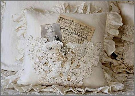 shabby chic pillow http amarnaimagens blogspot se 2012