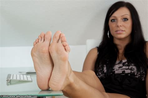 female feet on pinterest some cute soles sexy soles pinterest