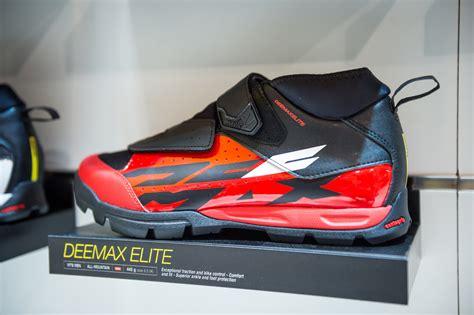 mavic scree mountain bike shoe mavic deemax pro and elite shoes eurobike 2017