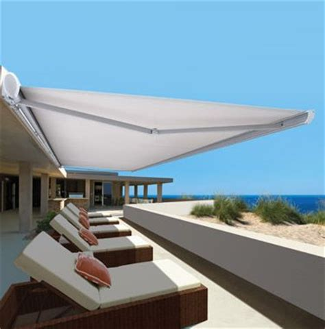 modern retractable awning 17 best ideas about retractable awning on pinterest retractable pergola sun shade