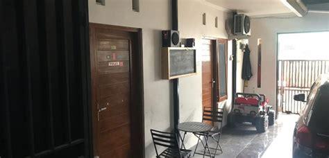 kost  rumah induk  lantai dilengkapi tempat usaha  jalan kaliurang dekat kampus uii