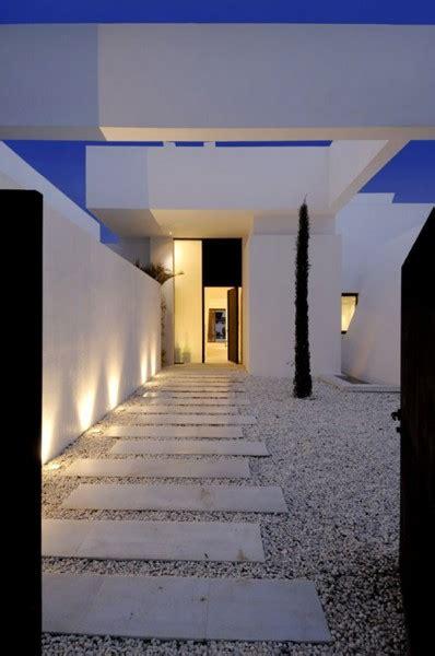 ultra modern minimalist home in mediterranean coast ultra modern minimalist home in mediterranean coast