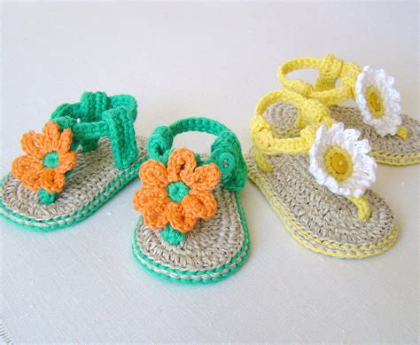 baby sandals crochet pattern crochet pattern baby sandals with flowers easy baby booties