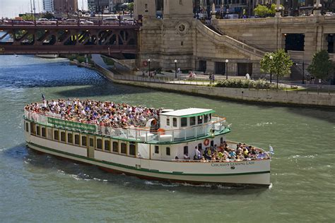 chicago boat tours first lady home cfl